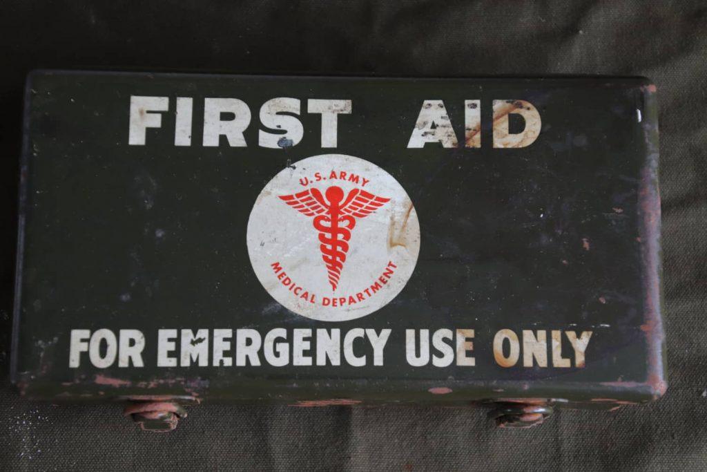 Motor Vehicle First Aid Kit 12-Unit
