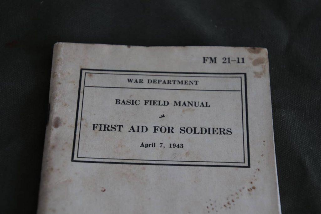 FM 21 -11 First Aid